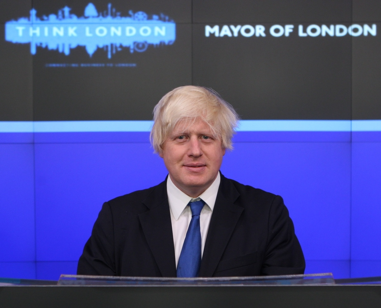 Boris_Johnson_-opening_bell_at_NASDAQ-14Sept2009-3c