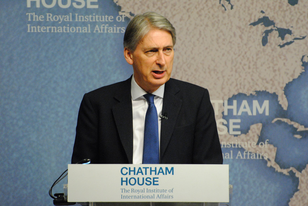 Philip Hammond tells business chiefs MPs will stop no-deal Brexit